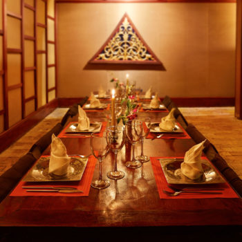 Kantok Room| Traditional Thai Tables